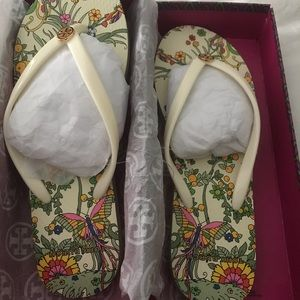 NWT Tory Burch New Ivory Promised Land Flip Flops